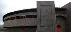 IMagen exterior de la plaza de toros de Ávila, 330x150