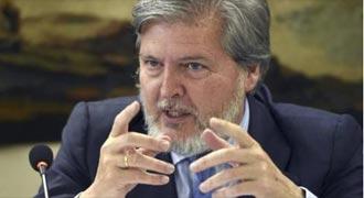 REACCIONES El ministro de Cultura, Méndez de Vigo