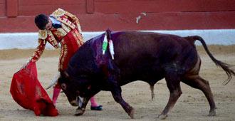SAN FERNANDO Sacaron en hombros a Ruiz Miguel