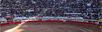 CARTELES Dos corridas de toros más