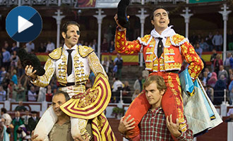 GIJÓN Padilla y El Fandi, en hombros