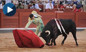 SALAMANCA Ureña cortó una oreja