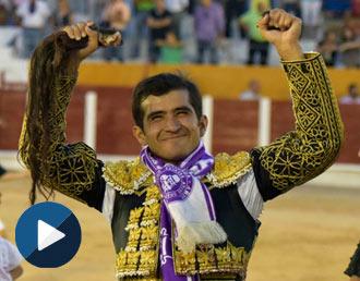 FESTEJOS Faenón, indulto y en hombros con Fandi