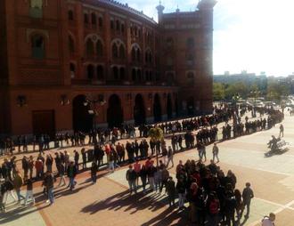 MADRID Largas colas en Las Ventas esta mañana