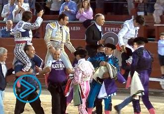 TOLEDO Ponce, Juli y Lorenzo, en hombros