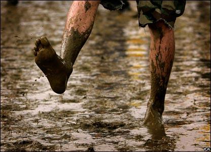 muddy-feet-2