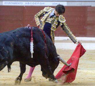 VITORIA Urdiales y Talavante cortaron una oreja