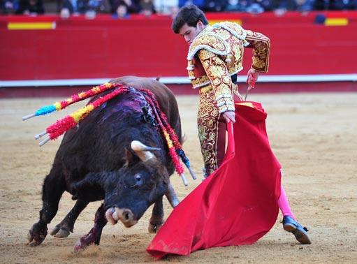 josegarrido-valencia-muletazo-interior-2016