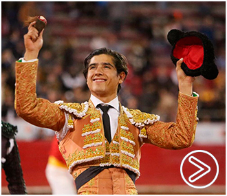 MÉXICO Luis David, oreja; faenón de Roca Rey