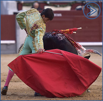 MADRID Pablo Mora y Francisco de Manuel, oreja