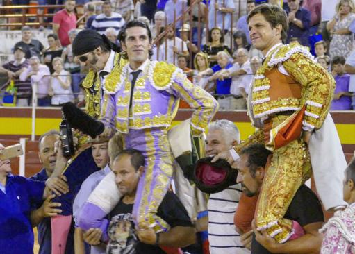 TOMELLOSO Volteado Talavante en el tercero