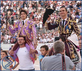ARLES Bautista y Castella triunfan en la goyesca