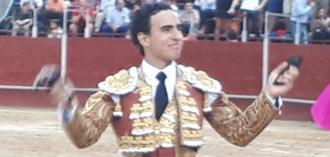 POZUELO Galdós cuatro orejas; Curro y Morenito dos