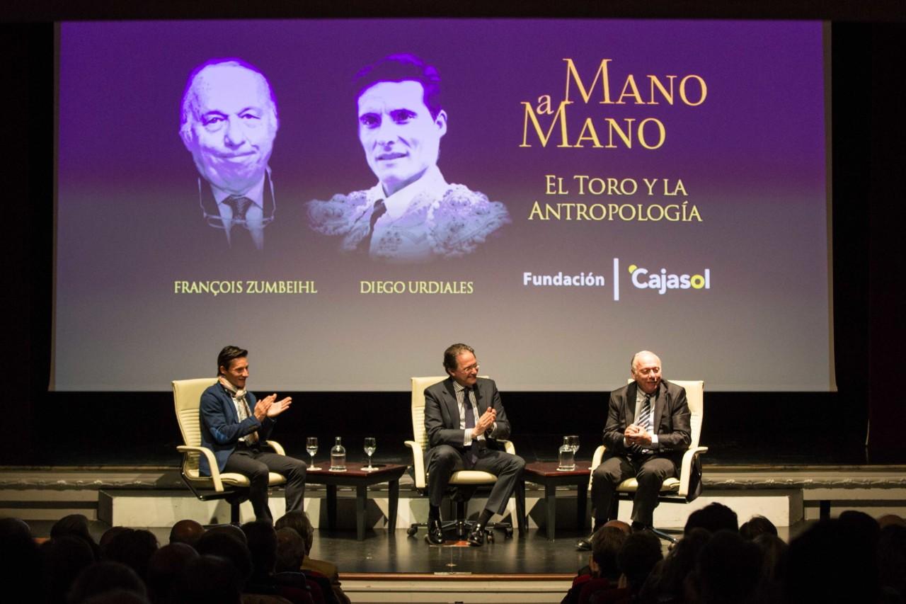 NOTICIAS En el Teatro Cajasol