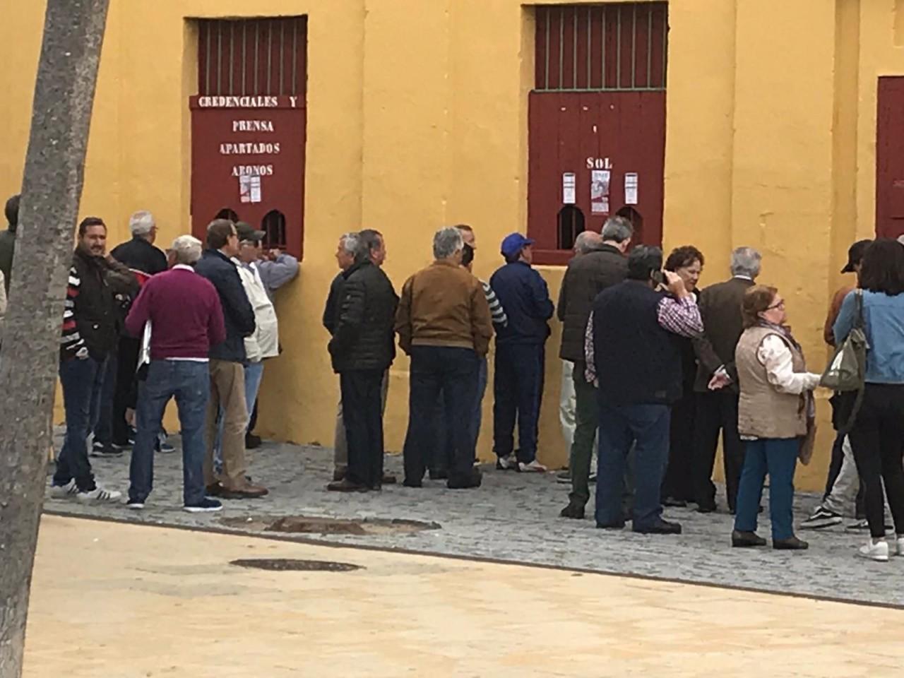 NOTICIAS Ganas de toros en Jerez