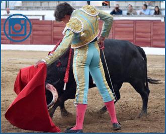 SAN MARTÍN V. Buena tarde de Curro Díaz y Toñete