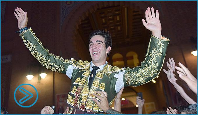 MADRID El toledano da un fuerte golpe en la mesa y sale por la Puerta Grande