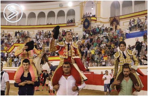 MELILLA Encabo, El Fandi y Castella, en hombros