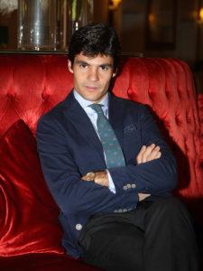Pablo Aguado sentado posando para mundotoro.com