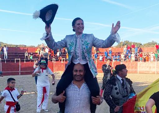 EL VELLÓN Martín Burgos cortó un trofeo