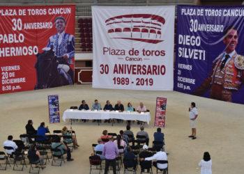 plaza de toros Cancún