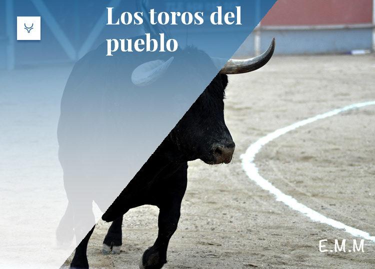 Los toros del pueblo La Adrada