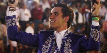 Dos orejas de Guillermo Hermoso de Mendoza