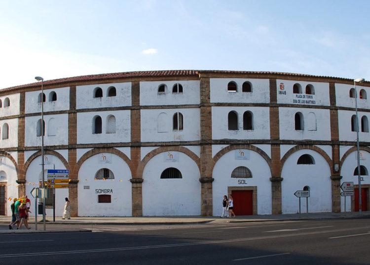Cáceres_-_Plaza_de_toros