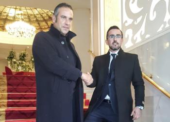 Manuel Carbonell, con nuevo mentor