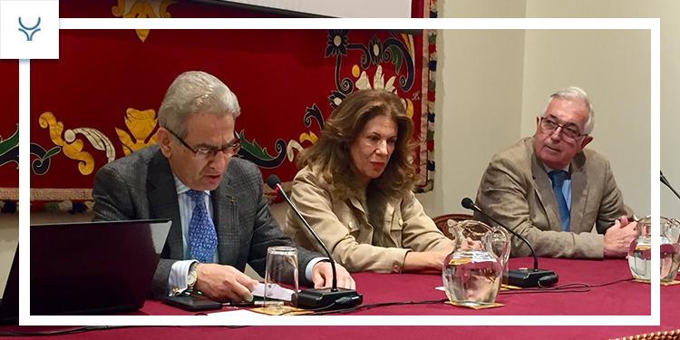Algarra, Salvador Cortés y Esaú Fernández, lo bordan en la Maestranza