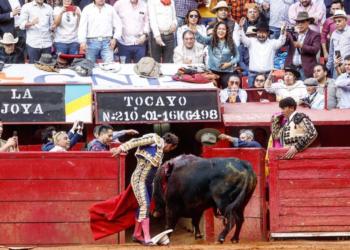 Antonio Ferrera indulta a 'Tocayo', de la Joya, en México