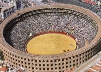 La Feria de Fallas, aplazada por el Coronavirus