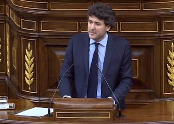 El parlamentario Ángel López silencia a Uribes al hablar de toros y cine mencionando 'Viridiana'