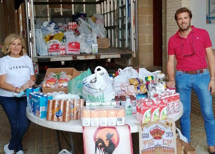 2.800 kilos de alimentos dona el sector taurino de El Puerto al área de Servicios Sociales del Ayuntamiento