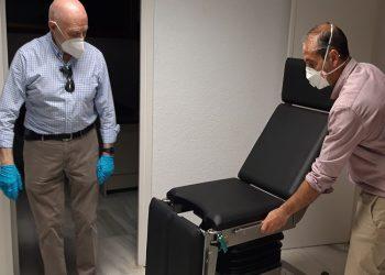 La Comunidad de Madrid adquiere una nueva mesa quirúrgica para la enfermería de Las Ventas
