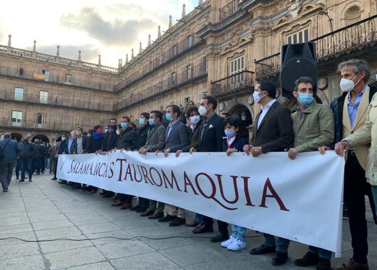 Salamanca, Plaza Mayor, paseo taurino