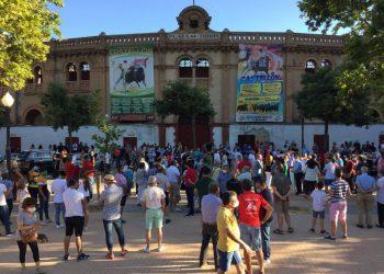 Castellón: recuerdo a las víctimas del Covid-19 y éxito en su manifestación