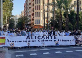 Alicante clama por la Tauromaquia