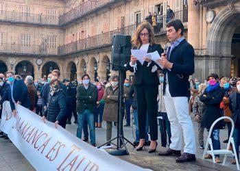 López-Chaves, Salamanca, Plaza Mayor, paseo taurino