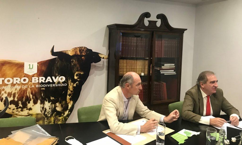 La UCTL alerta al ministro de Agricultura sobre la Ley del Bienestar Animal