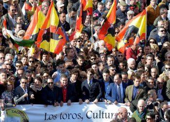 Sevilla, Valencia y Albacete han convocado paseos en defensa de la tauromaquia