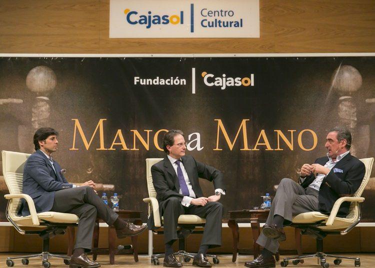 La Fundación Cajasol recupera de forma virtual históricos encuentros de los 'Mano a Mano'