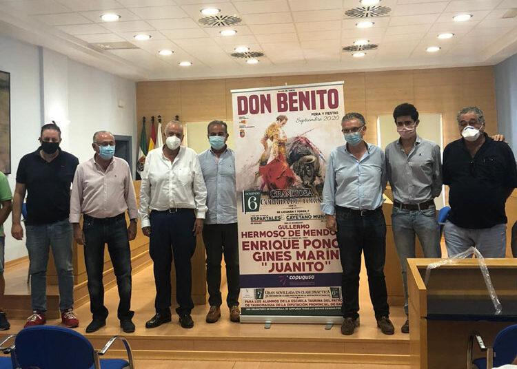 presentación carteles Badajoz