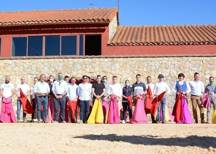 Escuela Taurina de Burgos, tentadero, Antonio Bañuelos, Alberto Durán