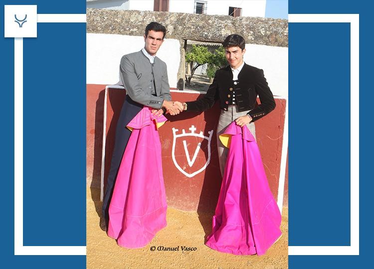 Tomás Rufo y Manuel Perera indultan a ´Leguleyo' y 'Ranchero', en un bravo mano a mano en Juan Pedro Domecq