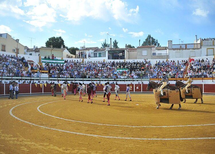 Aplazada la novillada de Navas de San Juan por la retransmisión este sábado de Canal Sur de la corrida de Osuna