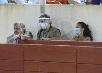 Luis Miguel Pombeiro e inspectores IGAC Estremoz