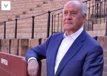 Ramón valencia negocia nuevas condiciones del arrendamiento de la plaza de Sevilla con la maestranza