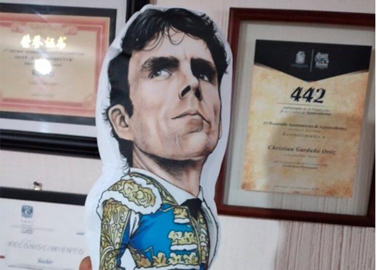 Rocko, José Tomás, muñeco