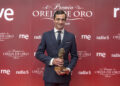 Paco Ureña, Santiago Domecq, Oreja de Oro, Hierro de Oro, Clarín, Radio Nacional de España